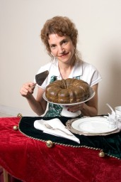 ###NEWS Vivian Levine (cq) make holiday desserts with liquors, Summerfield, FL CONTACT PHOTOGRAPHER 352-598-7976 - cell### Vivian Levine (cq) makes holiday desserts with liquors. Black Russian Cake, Friday morning, September 15, 2005, Summerfield, FL. ( Jannet Walsh/Star-Banner)2005